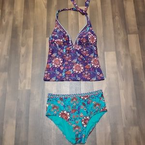 Two Piece Mixed Color Swimsuit M/L
